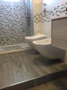 Sanitari bagno e finiture