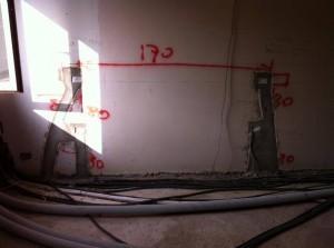 Tracce sulle pareti per impianti