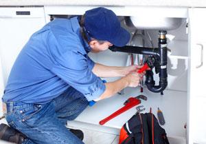 Idraulico ripara impianto